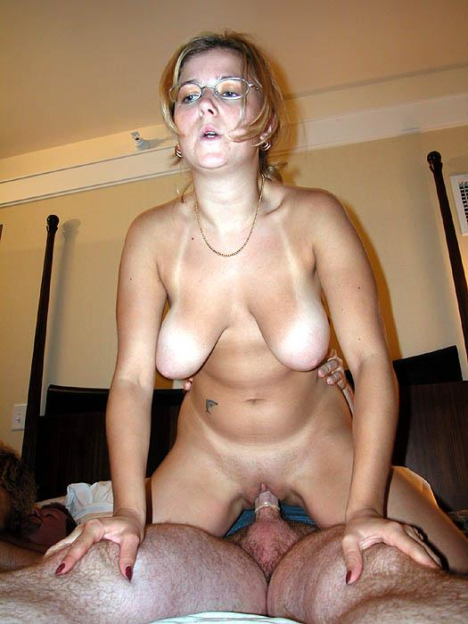 African slut riding long white schlong on couch 2